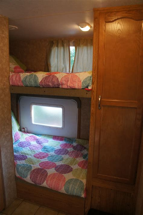 meachams trailer rental brings  party    disney
