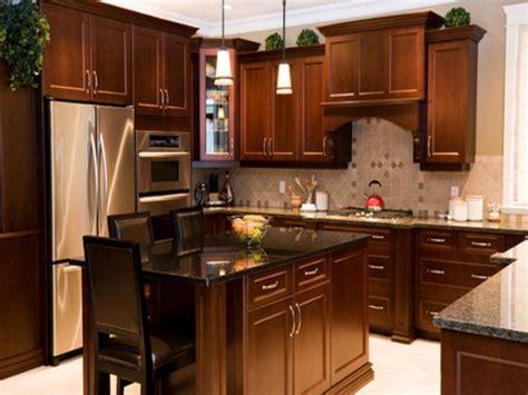 kitchen cabinet restaining best 25 restaining kitchen cabinets ideas on 2732