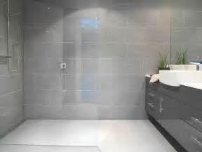 gray bathroom decorating ideas best 25 grey bathroom decor ideas on restroom ideas half bathroom decor and half