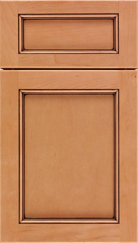 kitchen cabinet shaker doors secondary baths in alabaster templeton cabinet door style 5745