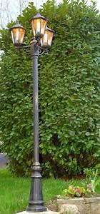Lampadaire De Jardin : lampadaire de jardin ~ Teatrodelosmanantiales.com Idées de Décoration