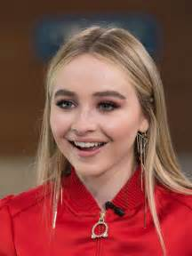 Sabrina Carpenter 2017
