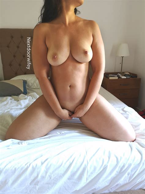 Theres Nothing Sexier Than A Mature Naked Wife That Loves