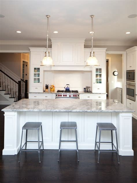 nantucket style starting     fear    white kitchen   home