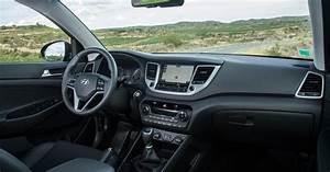Essai Hyundai Tucson Essence : essai hyundai tucson 1 6 cdti 115 ch 2wd retour au sommet ~ Medecine-chirurgie-esthetiques.com Avis de Voitures