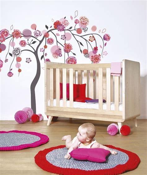 autocollant chambre fille sticker arbre et décoration chambre enfant