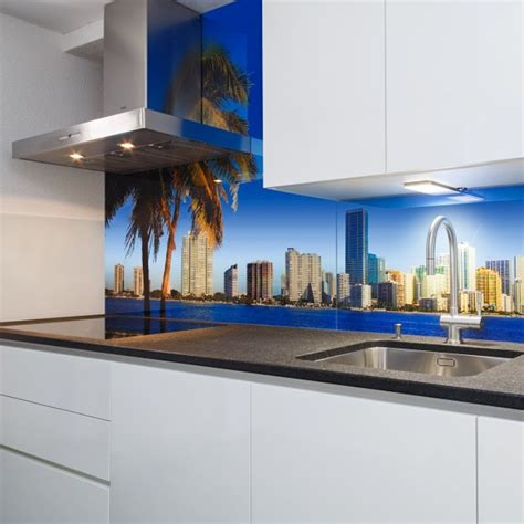 Fliesen Folie Bedrucken by K 252 Chenr 252 Ckwand Aus Glas Bedruckt Mit Motiv Quot Miami Quot Glas
