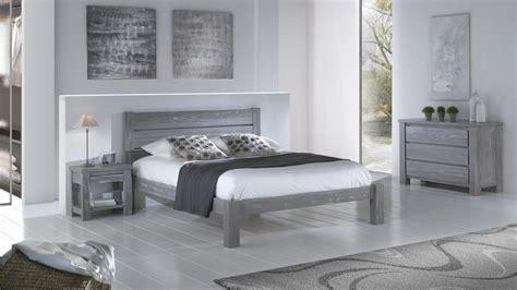 Chambre En Pin - chambre avec lit chevet commode et armoire en pin