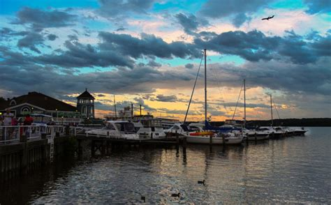 alexandria town waterfront virginia washington scenery dc towns va near state places flickr cities breathtaking onlyinyourstate wharf most visit