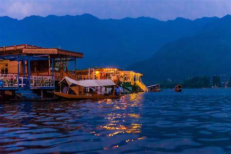 Houseboat Dal Lake by Houseboats Dal Lake Srinagar Kashmir Jammu And Kashmir
