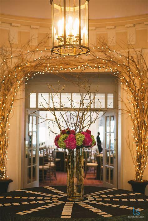 gorgeous entryway reception decor tall centerpieces