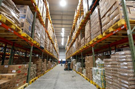 How Do Warehouses Function Smoothly?  Littlegate Publishing