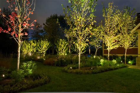 landscape lighting   vancouver property