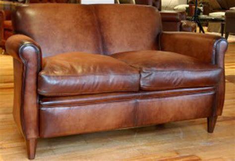 canapé lit en anglais canapé anglais wessex en cuir de vachette longfield 1880