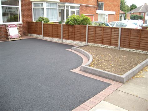 driveway ideas pictures best 25 tarmac driveways ideas on pinterest driveway paving driveway ideas and driveways