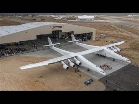 worlds biggest aeroplane revealed meet  stratolaunch