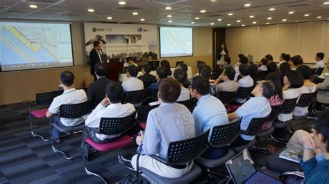 attendees listened   expert advices  building smart