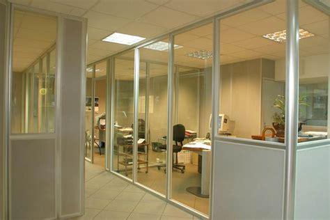 cloison aluminium bureau cloisons de bureaux cloisons aluminium naturel panneaux melamines cloisons de bureaux