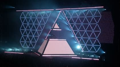 music daft punk punk interstella 5555 concert pyramids ...