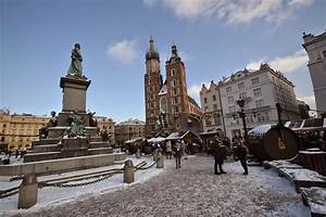Best Travel Guide to Krakow, Poland: Attractions