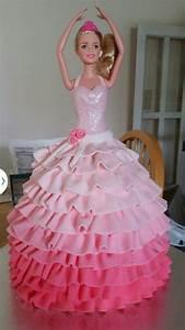 barbie dress cake fondant stuff pinterest dress cake With gateau robe barbie