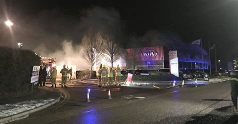 Hertfordshire Firefighters Tackle Major Fire At Car Garage