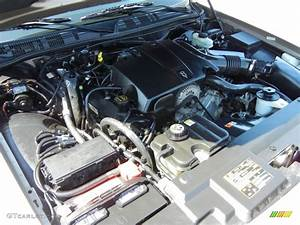 2003 Ford Crown Victoria Lx 4 6 Liter Sohc 16