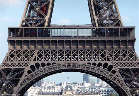 eiffelturm wahrzeichen von paris infos fotos preise