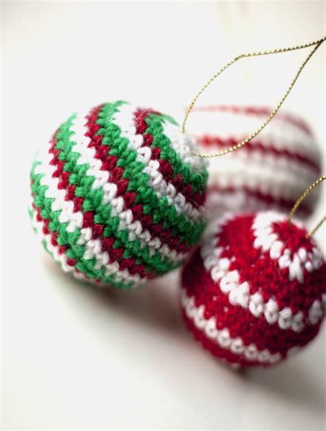 free thread crochet christmas ornament patterns sofia sobeide crocheted ornaments baubles free pattern
