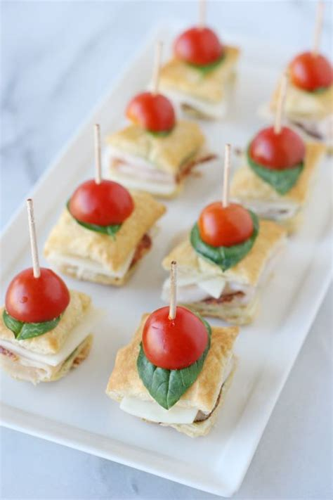 puff pastry canapes ideas 17 best images about cucina stuzzichini on olives hams and muffins