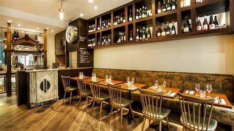 cafe moderne rue notre dame des victoires le nom m 233 chappe restaurant 28 rue notre dame des victoires 75002 adresse horaire