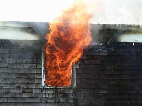 smoke smell    house   fire