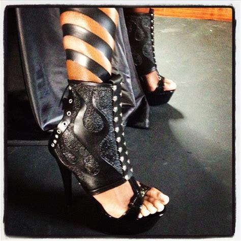 fused fashion blog black tape project
