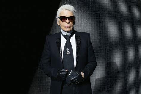 Famed Fashion Designer Karl Lagerfeld Dies at 85