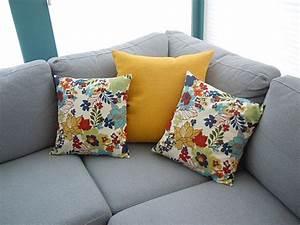 le coussin deco diy votre complice dans la decoration With chambre bébé design avec coussin motif fleur