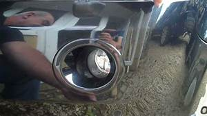How To Change A Fog Light On The Land Rover Freelander 2