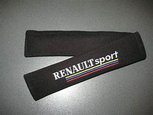 Seat Belt Harness Pads In Black With Renault Sport Logo