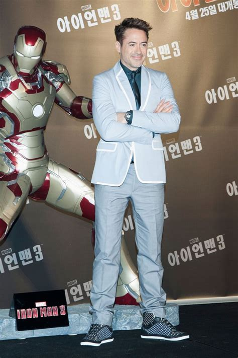 robert downey jr promotes iron man   seoul