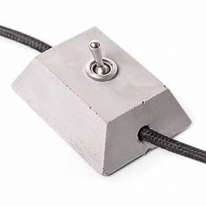 Lichtschalter Mit Kontrollleuchte Kaufen : warum einen faden plastik lichtschalter kaufen wenn man sich einen coolen aus beton gie en kann ~ Buech-reservation.com Haus und Dekorationen