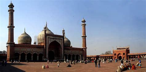picturesque   jama masjid  delhi  india