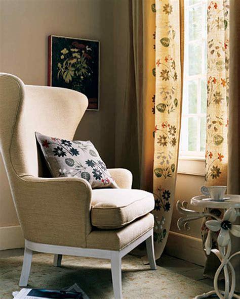 Stenciled Floral Curtains and Pillow & Video   Martha Stewart