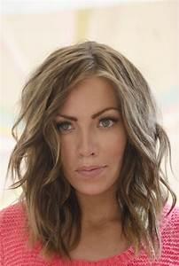 20 Pretty Layered Hairstyles For Medium Hair Pretty Designs