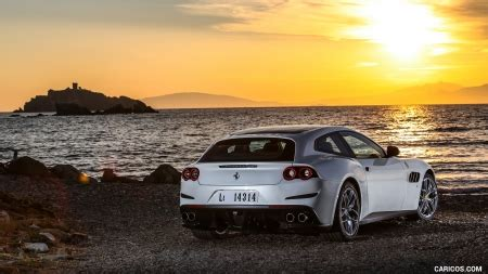 Gtc4lusso T Backgrounds by 2017 Gtc4lusso T At Sunset Cars