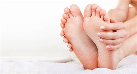 home remedies  corns  calluses   feet beauty