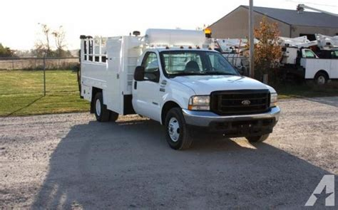Used 2004 Ford F350 Superduty 4x2 Tire Service Truck For
