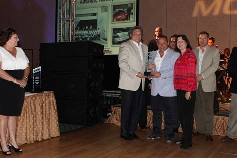 Monterey Boats Dealer Miami by Monterey Boats Announces Top Performing Dealers For 2013