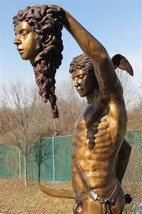 Perseus Slaying Medusa - BigBronze.com Greek Statue