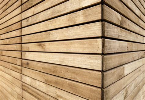 Wände Aus Holz by Massivholz Und Vollholz F 252 R W 228 Nde Und B 246 Den Bei Obi