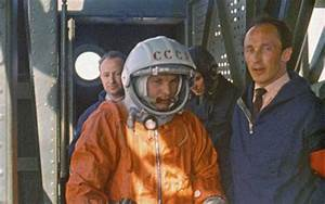 Yuri Gagarin Astronaut Costume - Pics about space