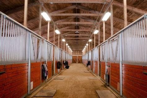 horseback riding ranch horse stables barns  facilities